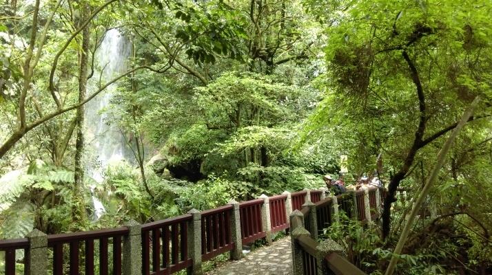 bridge crossing in front of Juansi Waterfall