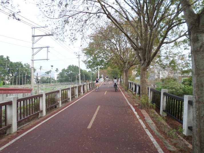 biking towards Meizih