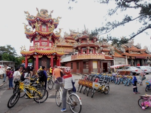 bike rentals at the temple