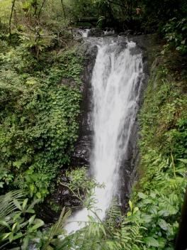Linmei Shipai Waterfall