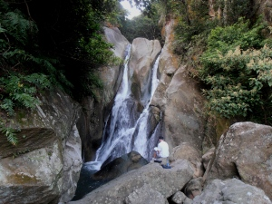 Yuanjue Waterfall