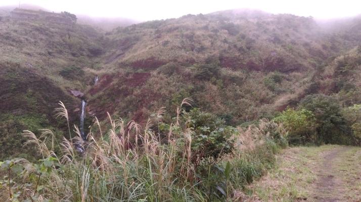 trail going up to Jinguashi