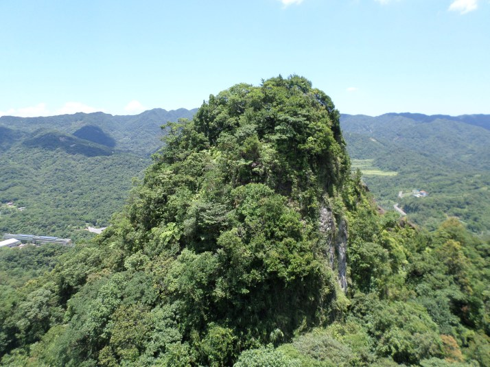view of Putuo Mountain from Tzumu Peak
