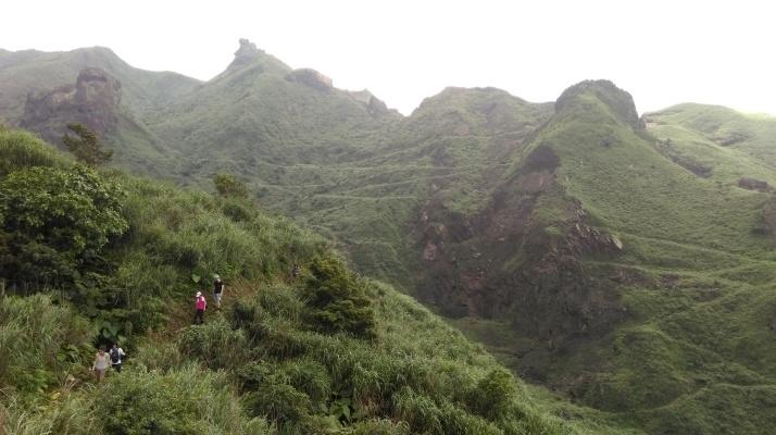 hiking away from Teapot towards the coast
